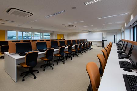 写真:PC教室